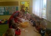 Pieczenie ciasteczek z Krasnalem Radusiem